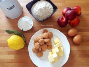 crostata pesche e amaretti ingredienti