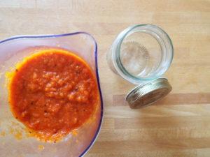 salsa piccante con peperoni frullata